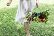 Creating a Balanced Relationship with Food // By Naturopath & Nutritionist, Renée Naturally