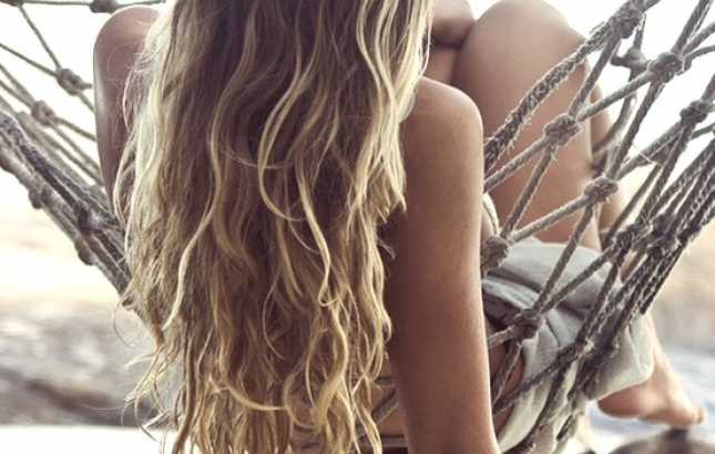 Tricks to naturally fix 'green-tinged' summer hair, Renee Naturally