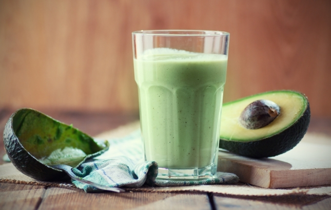 Adding Smoothies to Your Diet // by Naturopath & Nutritionist Renée Naturally
