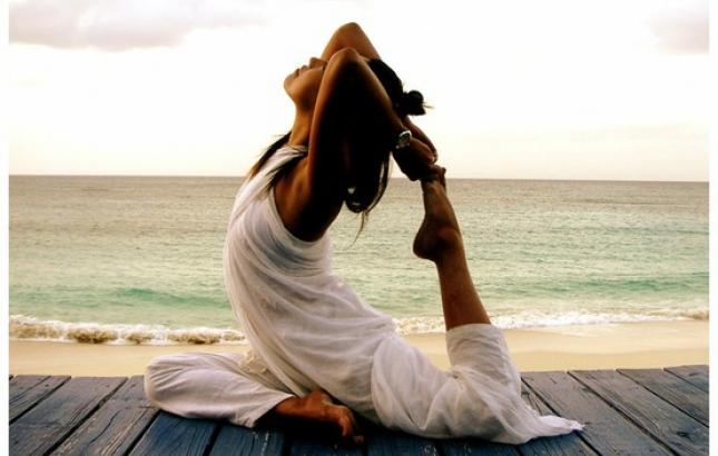 Yoga on Beach, Renee Naturally