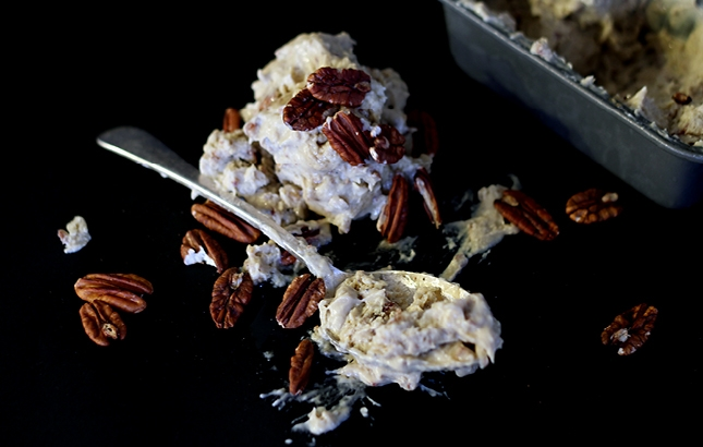 Roasted Banana, Maple & Pecan 'Ice-Cream' | http://www.reneenatur...